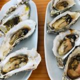殻つき牡蠣のオーブン焼き