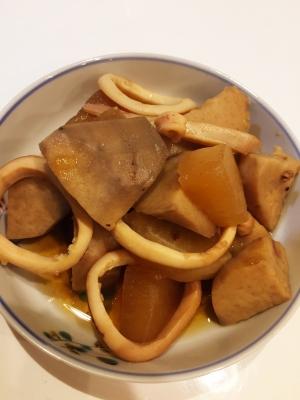 いかと里芋と大根の煮物