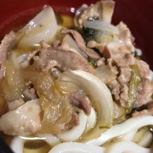 豚丼の残りのうどんつゆで肉うどん