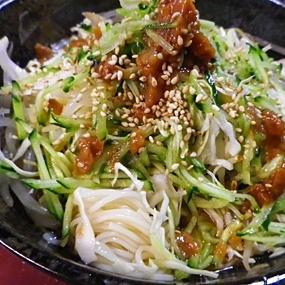 野菜たっぷり梅ダレ素麺