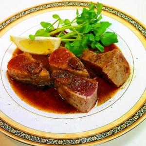 ヘルシーなステーキの出来上がり☆「マグロのステーキ」献立