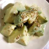 アボカドの白味噌サラダ
