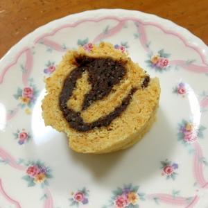 きな粉と胡麻餡子のロールケーキ