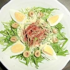 茹で卵とオリーブの水菜サラダ