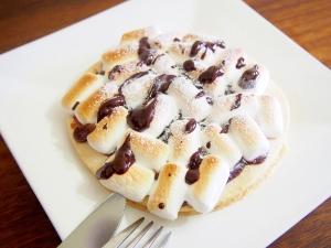パンケーキのチョコマシュマロピッツァ☆スモア風