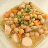 ひよこ豆と魚肉ソーセージのコンソメマスタード煮
