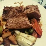 豚ヒレ肉のステーキ!オニオンソースで。
