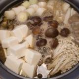 物足りるきのこ鍋(中華風味)