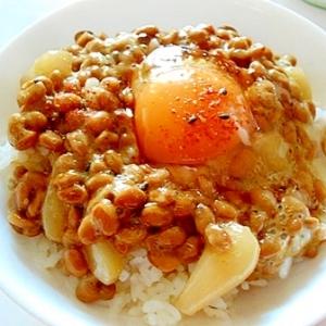 血液サラサラ♪ ラッキョウと納豆で卵かけご飯