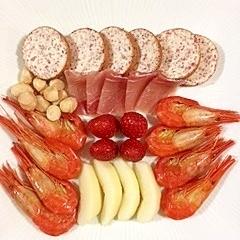 チーズサラミと北海しまえびのオードブル