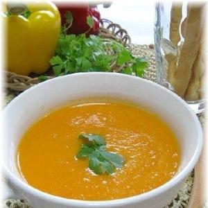 夏バテ予防に!にんじんと香味野菜の冷製スープ