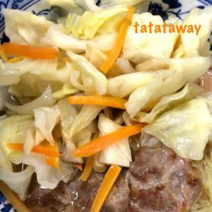 野菜炒めのっけ醤油ラーメン