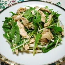 水菜とチキンのサラダ