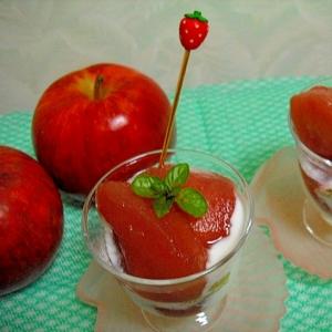 毎日食べたくなる! りんごのワイン煮