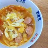 キャベツトマト油揚ウインナ煮込/ダシダ粉唐辛子味
