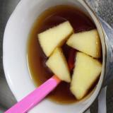 紅茶ティー・切りリンゴを