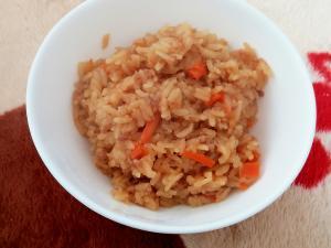 炊飯器で簡単!ひき肉で中華おこわ風炊き込みご飯