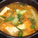 ご飯がすすむ!キムチチゲ鍋 スンドゥブ