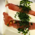 絹豆腐とトマトの青のりカプレーゼ風