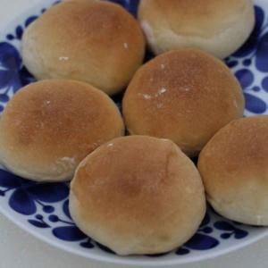 ホエーを使って作った丸パン