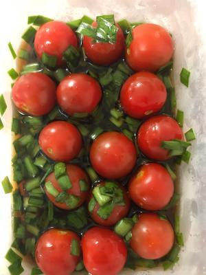 トマトのにらポンマリネ