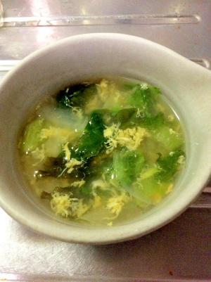 コンソメでも中華風♪レタスのかき卵スープ