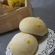 旬のトウモロコシで♪ぷっちぷちコーンパン