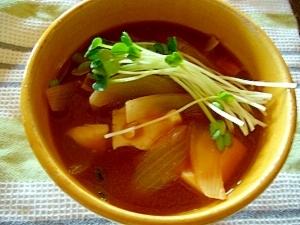 玉ねぎと豆腐の味噌汁
