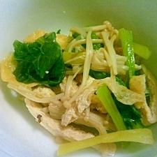 フライパンであっという間に出来る小松菜と揚げの煮物
