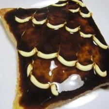 ♪フライパンで☆オムそばトースト♪