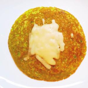 チーズのせ小松菜パンケーキ