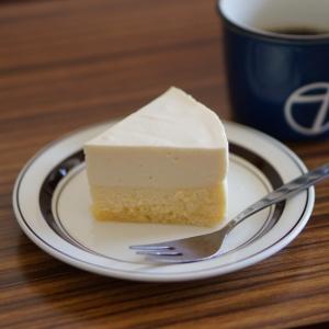 バニラとレモンのなめらかダブルチーズケーキ