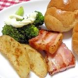 ロールパンと野菜のワンプレート