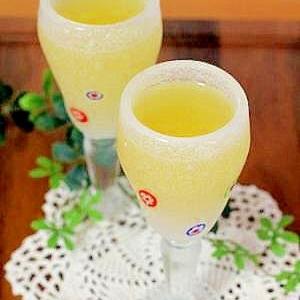 寒天で作る♪柑橘系ジュースのぷるるんゼリー