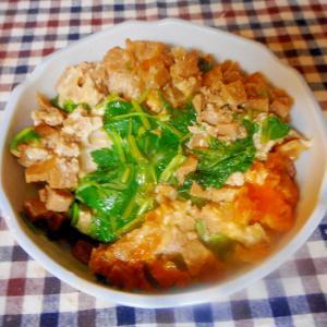 ひき肉と高野豆腐の卵とじ丼