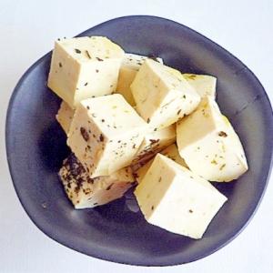 豆腐のオイル漬け