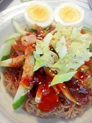 お昼にピッタリ☆簡単冷麺