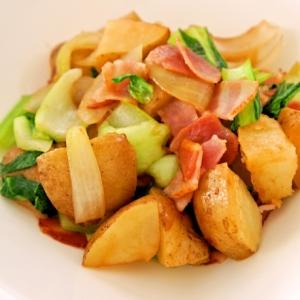 じゃがいもとチンゲン菜の中華風バター炒め