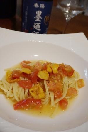 うちバル、ホヤとトマトのカッペリーニ