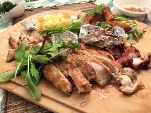 BBQにぴったり鶏もも肉の燻製