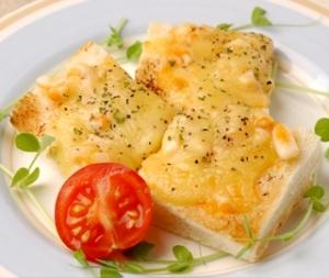うにいかチーズトースト