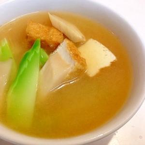 ブロッコリーの茎とエリンギの味噌汁