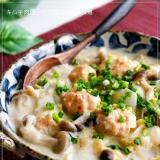 とろ~り♪キムチ肉団子と白菜のクリーム煮