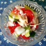 トマトときゅうりとたまねぎのサラダ