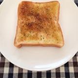 朝に簡単 オリーブオイルのトースト