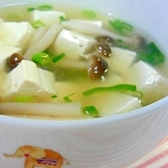 豆腐としめじのトロトロスープ