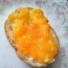 桃&マーガリン☆フランスパン