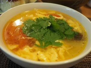 家でもパクチー!簡単アジアンスープ