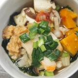 白菜キムチと豆腐の味噌汁