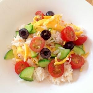 酢飯で簡単ライスサラダ